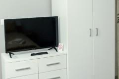 Televizor i orman